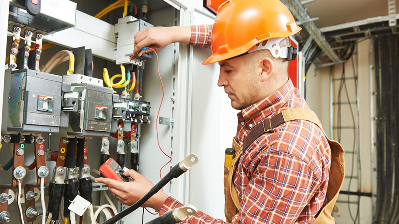 Emergency Electrician in Cleveland
